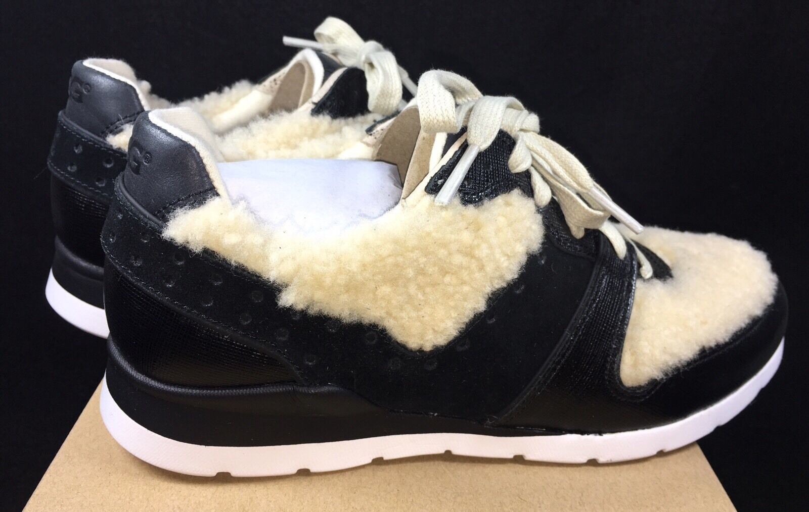 UGG Deaven Sheepskin Sneaker Athletic Fashion Shoes 1014480 Black Tan Shearling