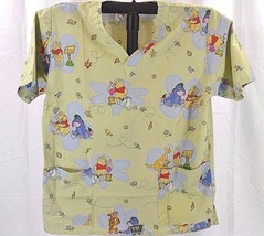 Winnie Pooh and Friends Scrub Green Disney SS 2 Pocket Front M V Neck - £14.53 GBP