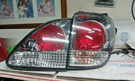 1999-2003 Lexus RX300 Passenger Right Side Tail Light Trunk Tailgate Light Oem - $101.48