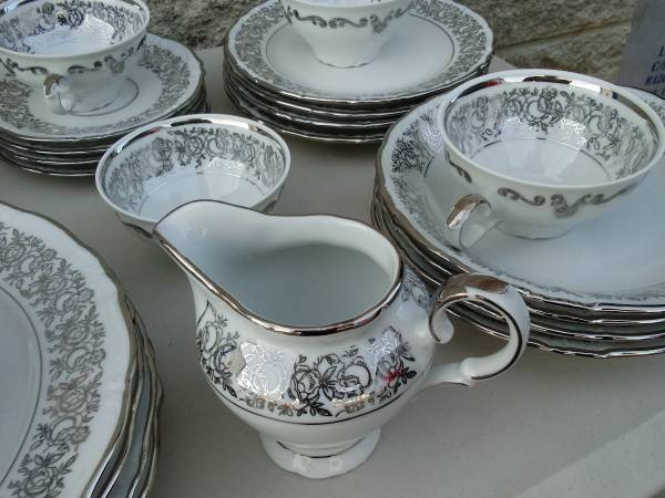 Bavaria schwarzenbach winterling china platinum vintage