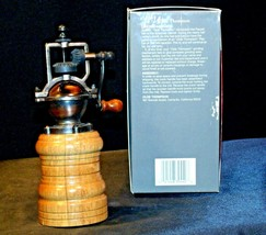 Replica Olde Thompson Pepper Grinder with Box AA-191971 Collectible 3044-36-0 image 2