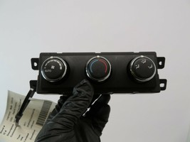#7050B Chrysler Town & Country 11 12 Oem Temp Ac Heat Air Climate Control Switch - $15.84