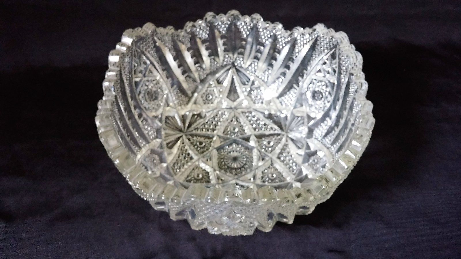 Imperial Nucut #464 'Star and Cane' Pattern Salad Bowl