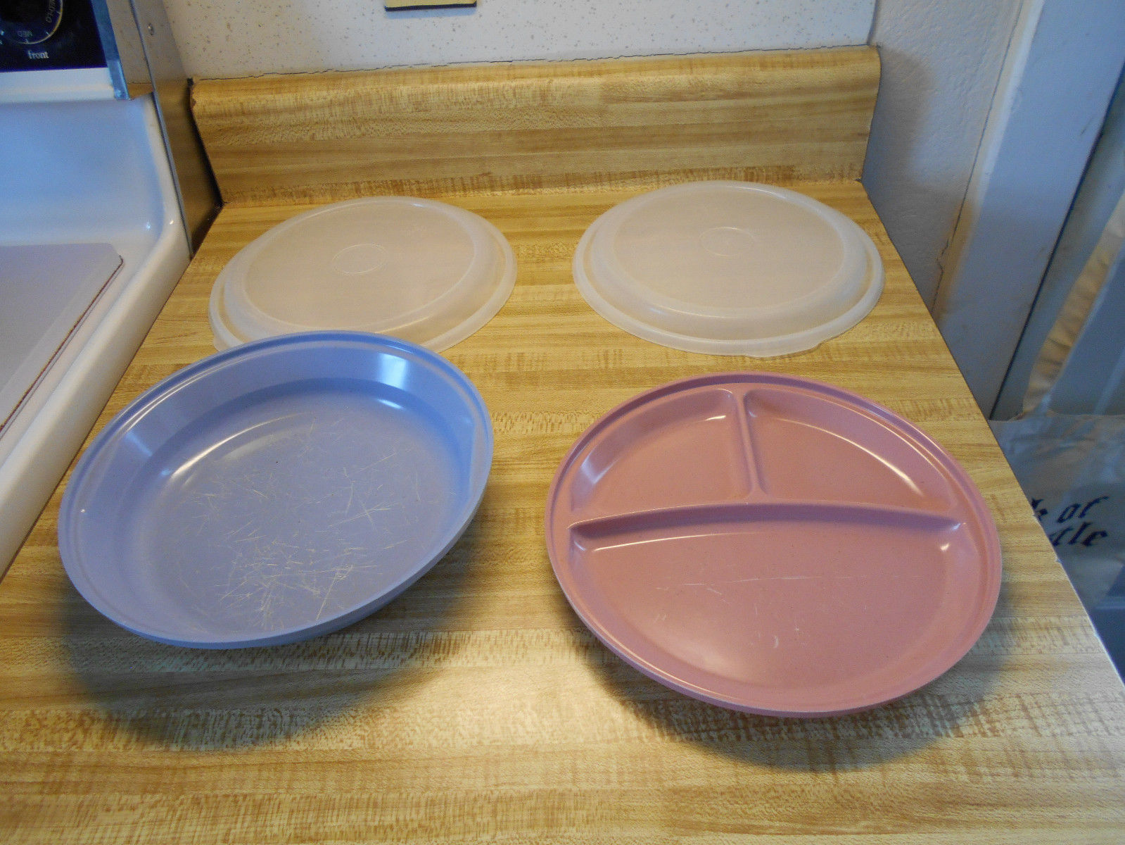 rubbermaid plates with covers and 45 similar items