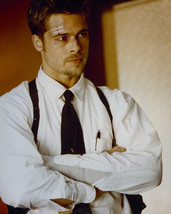 Brad Pitt In Se7En With Bandage On Haed 16X20 Canvas Giclee - $69.99