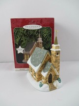 Hallmark ornament Candlelight The Stone Church 1998 lights up 1st in ser... - $12.82