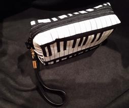Clutch Bag/Wristlet/Makeup Bag - Music/Black & White Piano Keyboard image 3