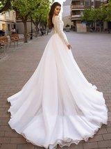 Sweetheart Lace Cut Illusion Long Sleeve Bridal Backless Organza A-Line Wedding  image 2
