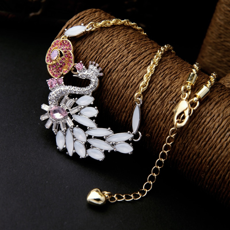 Charming Crystal Swan Animal Pendant Necklace Fashion Accessories Alloy