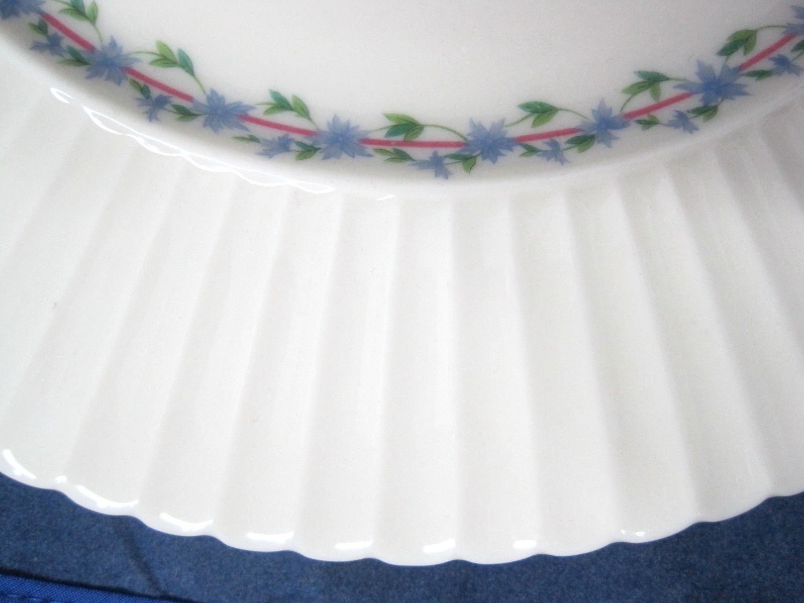 "Priscilla by Lenox Dinner Plate 10 3/4"" Temple Shape Blue Floral Pink Line"