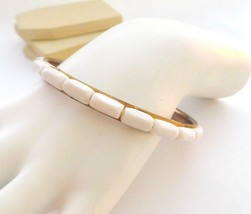 Vintage Retro Mod White Rectangular Bead Over Gold Tone Bangle Bracelet P12 - $8.49