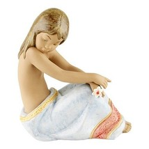 "Retired Lladro ""Island Beauty"" #2382 1997 Great Condition No Box - $237.60"