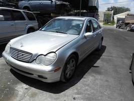 01 02 03 04 Mercedes C320 Seat Belt Assm Fr 471126 - $106.92