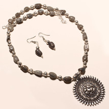 "HINDU LORD GANESHA WITH LABRADORITE BEADS FASHION SILVER NECKLACE 18"" PD... - $24.18"