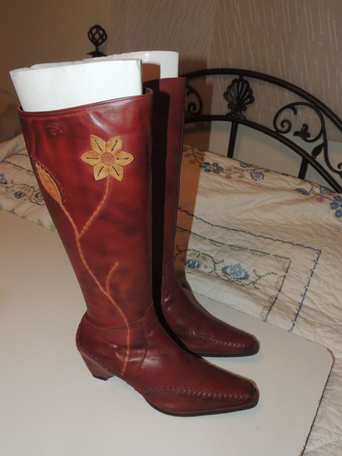 Primary image for Gorgeous PIKOLINOS Brown Leather Tall Boots w Zipper Flower Size 40 8.5 EUC