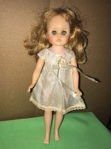 VINTAGE STRAWBERRY BLONDE VOGUE DOLL 11 IN TALL - $15.83