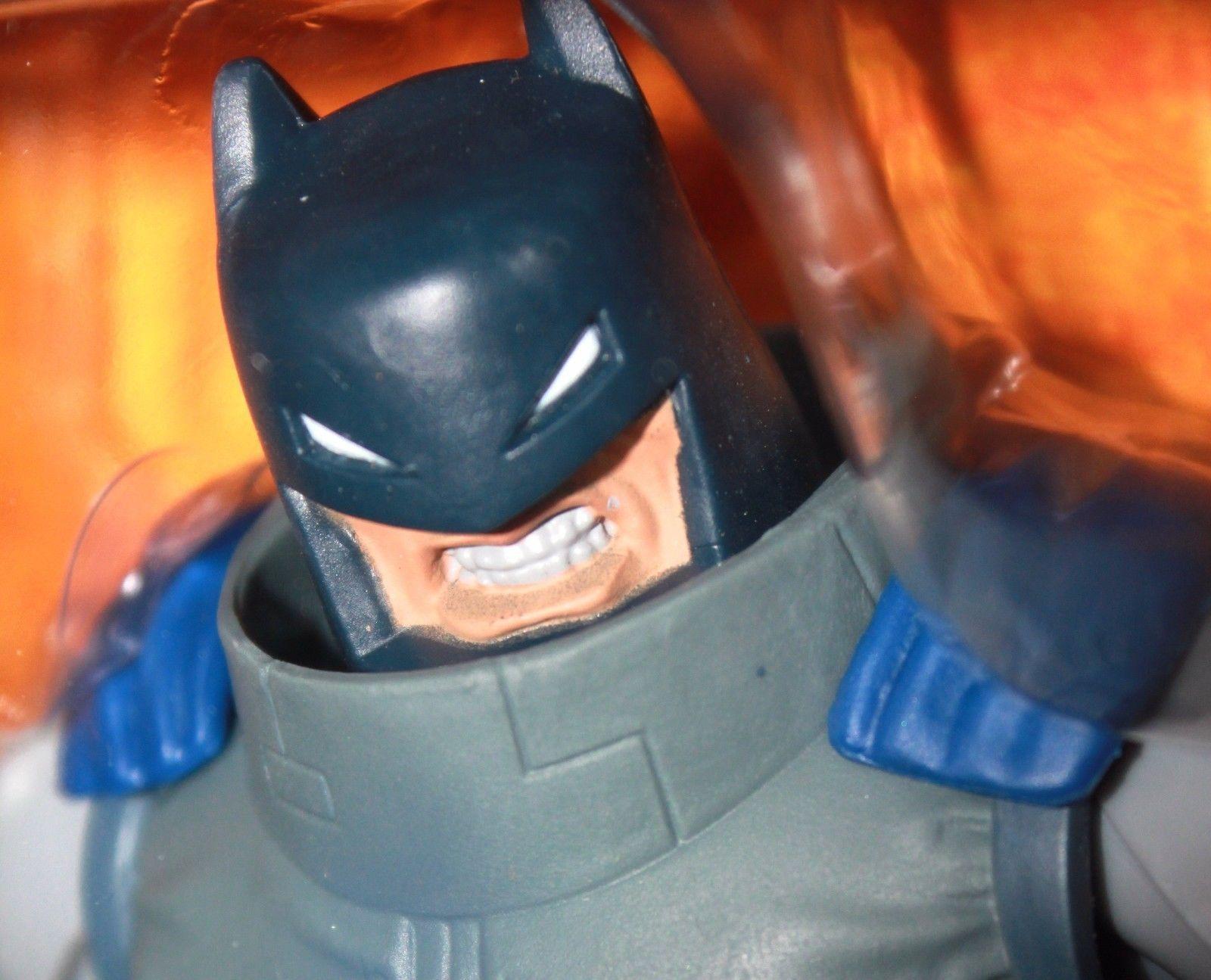 DC Comics Dark Knight Returns Armored Batman Figure New/Sealed