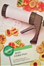 Wilton Cookie Press 12 Cookie-Design Discs Easy Squeeze Trigger Action New - $8.50