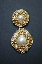 "Vintage Authentic Coco Chanel Mabe Pearl Dangle Brooch Pin 3 1/4"" Long - $692.98"