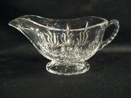 CLEAR GLASS FOOTED GRAVY / SAUCE BOAT - BEAUTIFUL - $14.46