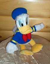 """Disney World Fuzzy Donald Duck Plush 9"""" Looking for Happy Home - $6.59"""
