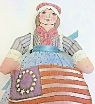 We the People Betsy Ross from Hallmark American Spirit Doll 2000 - $13.85