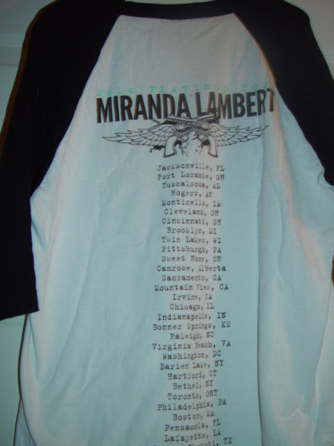 2014 Platinum Tour Miranda Lambert  T-Shirt Size Medium / Large No Tags