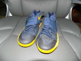 Nike 826673-447 Kyrie 2 GS Mid Navy University / Gold Basketball Shoes S... - $35.10