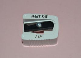 1 MARY KAY LIP LINER PENCIL SHARPENER (WHITE) - $2.49