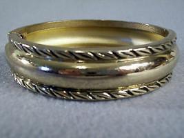 Clamper Bangle Embossed Antiqued Gold Tone Bracelet Elegant Classic Vint... - $11.83