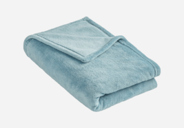 Must have Fleece Throw Blanket - $15.69 CAD