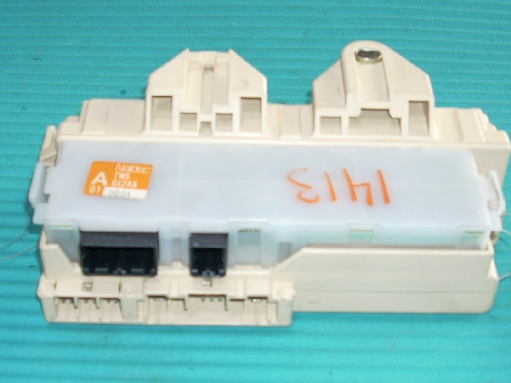 1993 MAZDA MX-6 RELAY JUNCTION CABIN FUSE BOX OEM