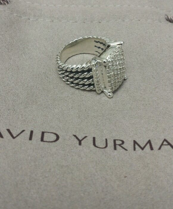 David Yurman Wheaton ring with diamond's