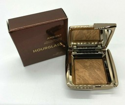 Hourglass Ambient Lighting Bronzer Mini- Radiant Bronze Light - $15.52