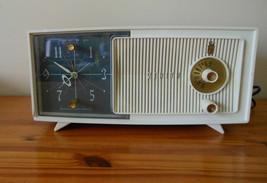 Vintage 60s Modern Plastics Ivory Zenith E514 Tabletop AM Radio Alarm Clock - $94.99