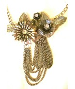 Quaint Metal and Rhinestone Flower Necklace for Spring - $11.30