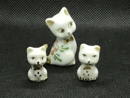 Vintage Porcelain Miniature Cat with 2 Kittens, White with Flowers on Back - $8.55