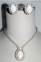 VTG Gold Tone White Acrylic Rhinestone Necklace Earring Set in Box - $29.70
