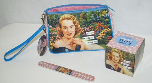 Anne Tainter Vintage Revisited Beauty Set Includes Cosmetic Bag Tissue File