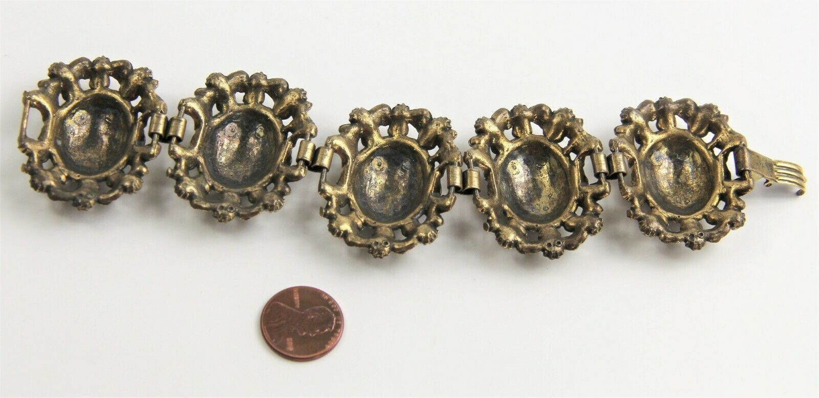 "7"" VINTAGE ESTATE Jewelry CHUNKY BLACK CABOCHON VINTAGE VICTORIAN BRACELET"