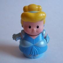 Fisher Price Little People 2012 Disney Princess CINDERELLA Royal Songs Castle - $8.79