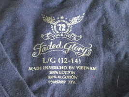 Ladies navy blue cap sleeve v-neck T-Shirt Size L by Faded Glory  MKARL420 - $8.60