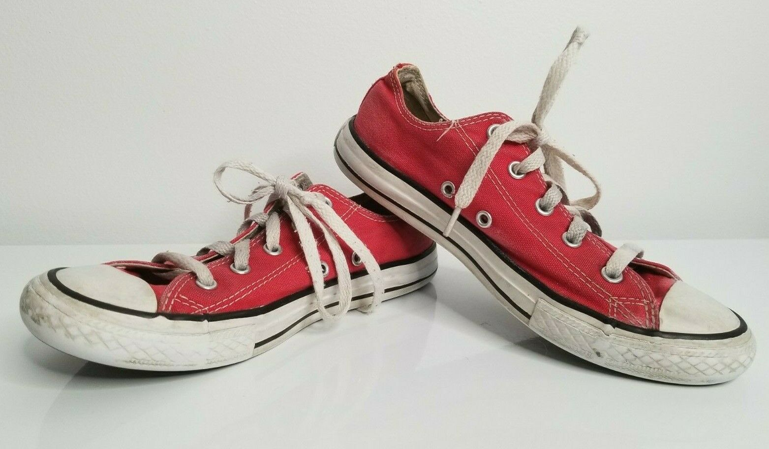 Primary image for CONVERSE Chuck Taylor All-Stars CHUCKS Size 3 Low-Top Shoes YOUTH KIDS RED Low