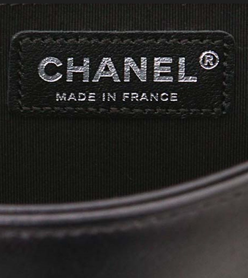 AUTH CHANEL LIMITED EDITION MIDNIGHT BLUE CRYSTAL LAMBSKIN MEDIUM BOY FLAP BAG