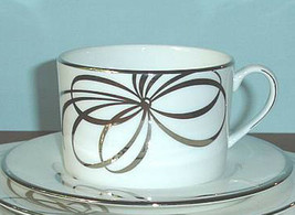 Kate Spade Belle Boulevard Tea Cup & Saucer Platinum Bow & Trim New - $24.90