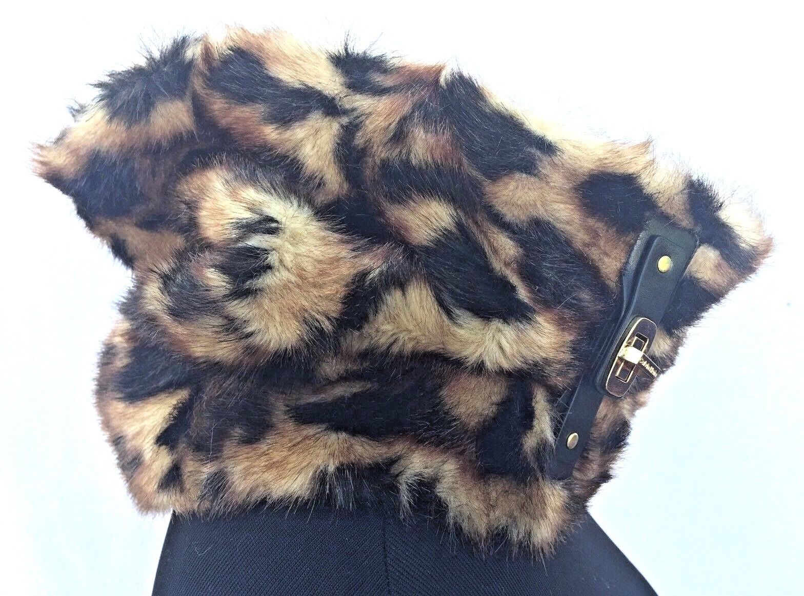 CALVIN KLEIN WOMEN'S Brown FAUX FUR Elegant Buckled Cheetah NECK WARMER Cowl WOW