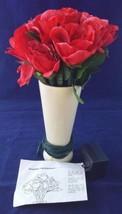 Avon Lighted Illuminated Rose Bouquet Porcelain Vase Collection De Cadea... - $9.49