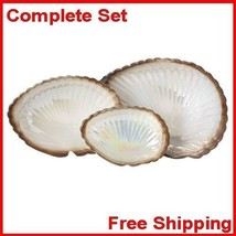 Cream Clam Shell Display Dishes Set of Three Go... - $22.56