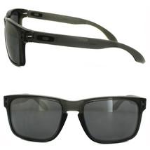 New Oakley Sports Holbrook Grey Smoke w/ Black Iridium OO9102-24 - $116.57