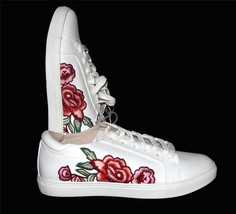 Kenneth Cole JOEY White Embroidered Roses Flowers Sneakers Shoes WMS NWT HTF - $64.99